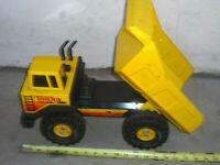 Vintage 1983 Tonka Mighty Dump Dumper Truck Tractor Steel Toy #3901 TURBO DIESEL