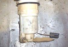 99-05 Lexus IS200 Bomba De Combustible Unidad del remitente poco kilometraje 1999-2005 rápido y libre post Reino Unido *