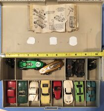 HO SLOT CAR LOT W TYCO + PARTS & CARRYING CASE