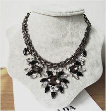 Fashion Luxury Rhinestone Black Resin Flower Chunky Statement Collar Necklace