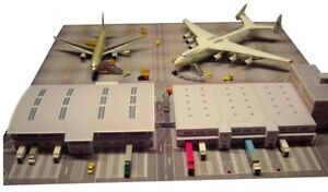 Herpa Wings Scenix Cargo Terminal Cardboard Model Kit 1/500 Scale 526852