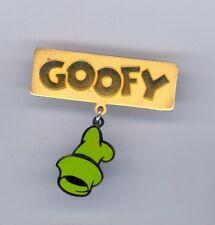 Disney Catalog Character Title Series Name Goofy & Dangle Hat Le Pin