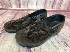 Dansko Womens 40 / 9.5-10 Brown Crushed Velvet Clogs Shoes e3u