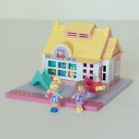 Polly Pocket Bluebird Vintage Toy Shop - COMPLETE with Figures - Pollyville