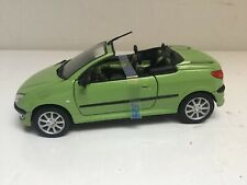 Welly Peugeot 206 CC Cabriolet in Grünmetallic  aus 2000 in Box in 1/24 1/25