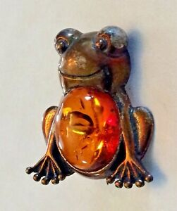 Vintage silver tone and amber frog pin brooch