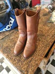 Rm williams boots,mens 6.5g,ladies 9,mid brown ,little use