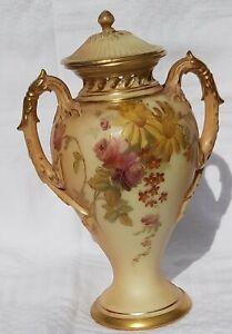 Royal worcester blush ivory vase Rd 292750   1927
