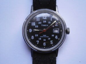 Vintage gents MILITARY STYLE wristwatch TIMEX mechanical watch working