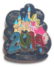 Disney Pin Badge Disneyland Resort 2014 - Aurora & Sleeping Beauty Castle