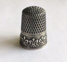 Antique Sterling Thimble With Raised Fleur-de-lis Design
