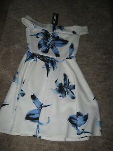 BooHoo brand new size 6 dress off the shoulder skater dress