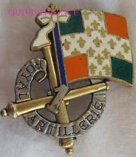 IN7375 - INSIGNE 1° Régiment d'Artillerie, vert translucide, dos argenté