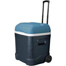 Igloo Ice Cube MaxCold Roller 70 QT 66 L Large Size Cool Box Cooler on Wheels