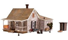 Woodland Scenics BR5040, HO Scale, Old Homestead Structure Built-&-Ready