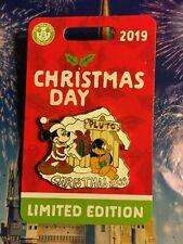 CHRISTMAS DAY 2019 Pin Disney Disneyland Mickey Pluto Holiday LE5000