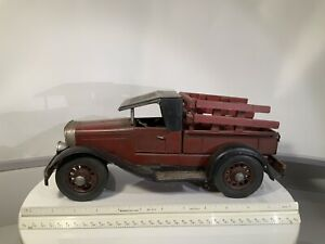 VINTAGE ROAD LEGENDS 1/18 1934 FORD PICKUP TRUCK DIECAST TOY
