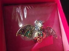 Butler & Wilson bate de cristal de color multi anillo de un tamaño ajustable Nuevo En Caja