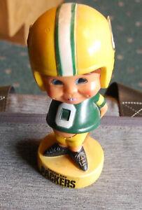 Vintage 1970s Green Bay Packer Bobble Head no face mask, hiding ball