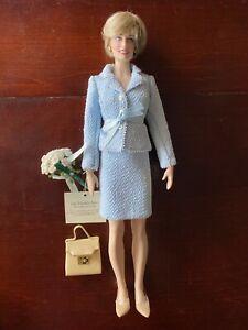 Diana The People's Princess vinyl portrait doll blue suit Franklin Mint