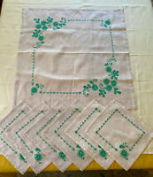 Vintage Natural and Green Tablecloth and 6 Napkin Set, Great Cond. One Spot