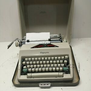 Vintage Olympia Deluxe SM9 Typewriter Manual West Germany Case