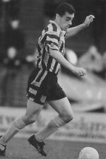 Football photo > Clive Mendonca Grimsby Town 1990 S