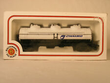 BACHMANN HO, CYANAMID 42' THREE DOME TANK CAR, OB