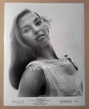 8x10 Photo~ HAWAII ~1966 ~Elizabeth Logue ~? ~Close-up
