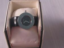 Georgous Chanel Watch 'La Ronde ' Classic in the Box and Authencity Certificate