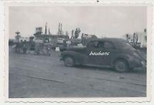 Foto Russland-Feldzug Opel-Kapitain in Witebsk/Витебск/Witebsk   2.WK (W593)