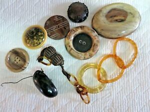 Large Lot 11 Celluloid and Bakelite Buttons ???