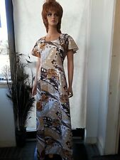 d999dde4d5d4 VTG 60 70s Hawaii Long Dress Maxi A Line Brwn Wh Floral Cape Sleeves Hippie  8