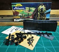 Athearn 1599 HO Scale Undecorated 40' Steam Era Reefer Kit