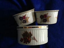 Royal Worcester Evesham Gold dishes x3