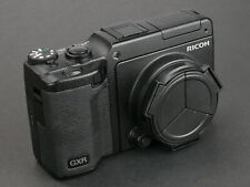 Ricoh GXR digital camera with S10 24-72mm lens module, low acturation, with 2 ba