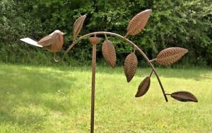 Robin Leaf Garden Ornament Wind Spinner Lawn Patio Metal Gift Present Quirky