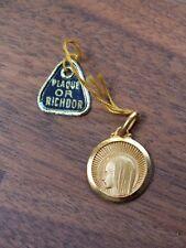 Médaille Vierge Marie neuve plaqué or Richdor - fond de bijouterie, années 60
