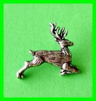 Pin's lapel pin Pins cervidé Chevreuil en étain cerf Roe deer