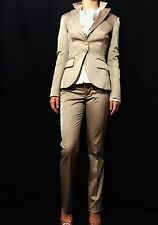 SHI Luxury Beige Slim Fit Designer Blazer/ Pant Suit Made in Italy Size 40 /XS