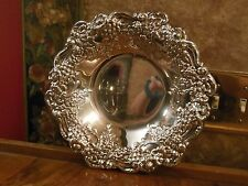 Vintage Ornate Oneida Silverplate Silver Embossed Repousse Display Bowl Dish WOW