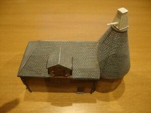 L154 Hornby Skaledale R8568 Oast House