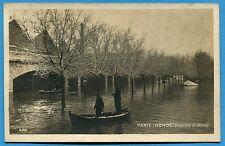 CPA: Paris inondé- Barriere de Bercy