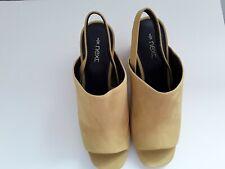 BRAND NEW NEXT Leather Mustard Block Heel Sandals Size 5 (E12/08/CN)