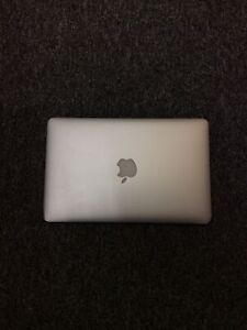 "Apple MacBook Air 11"" Core i5 1.6GHz 2GB 64GB SSD 2011 Silver"