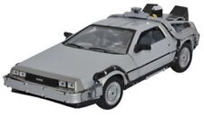 Véhicules miniatures WELLY pour DeLorean 1:24