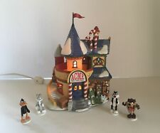 Department 56 North Pole Looney Tunes Acme Toy Factory W/Characters In Box