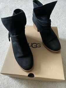UGG Boots Size 7.5/40 Nubuck Black Leather Chelsea Ankle Boots Ladies. Boxed.