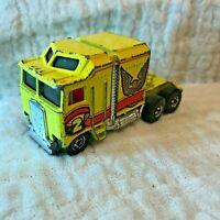 Hot Wheels Mattel 1982 Yellow Cab 6 Wheel Truck Thunder Roller Eagle Cab-Over