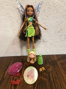 Winx Layla Charmix pixie magic  Mattel